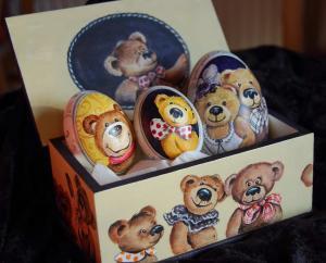 4. Teddys  in Schmuckdose